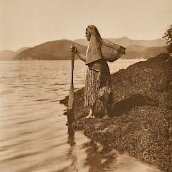 The Seaweed Gatherer (1915)