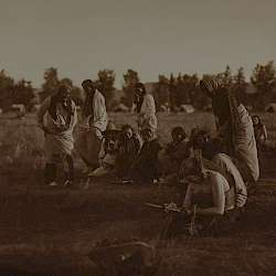 Priests passing before the pipe (Cheyenne) (1910)