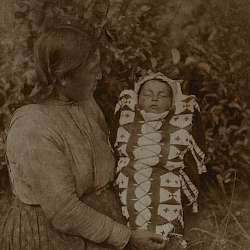 "Isqe-sis (''Woman Small"") and child (Cree )  (1926)"