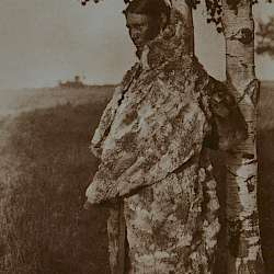 Cree woman with, fur robe (1926)